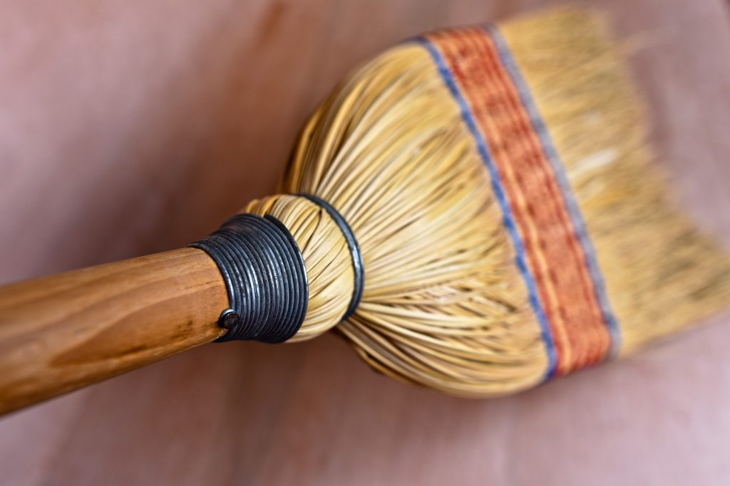 rice-straw-broom-3491961_1920